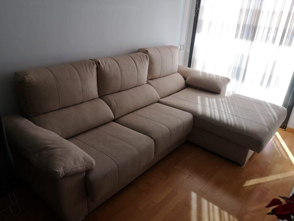 Limpiar-el-sofá-una-tarea-para-expertos