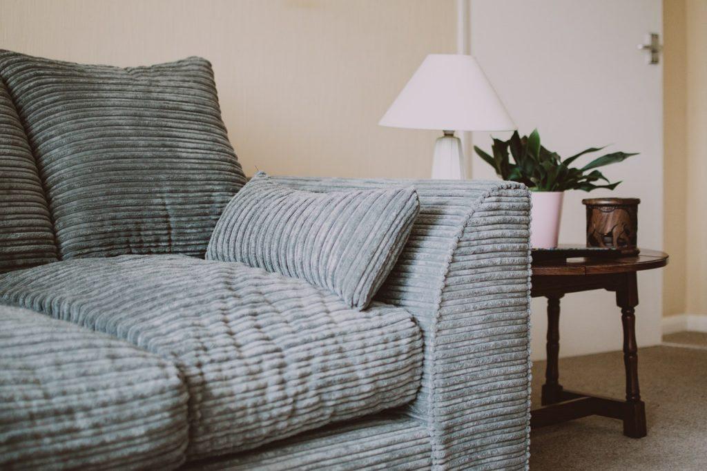 Limpieza-de-sofá-es-posible-renovarlos-2